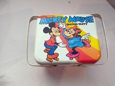 WALT DISNEY MICKEY MOUSE SKATING PARTY TIN LUNCH BOX VTg 60's/70's Rare design