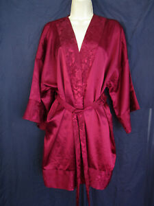 Burgundy Wine Victoria's Secret Short Wrap & Tie Brocade Kimono Sleeve Robe 1 Sz