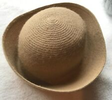 ***VINTAGE Tan Woman's HAT Good Condition.***