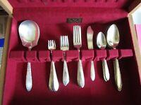 King Edward silverplate silverware 30 pieces