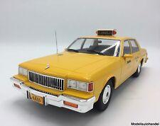 Chevrolet Caprice 1985 taxi - 1:18 microg >> novedad <<