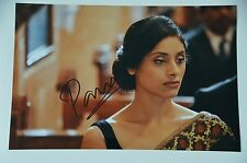 Pavleen Gujral SIGNED 20x30 Angry Indian Goddesses foto, AUTOGRAFO/Autograph