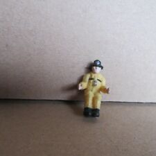 944E Jouet Plastique Pompiers Américain H 2,7 cm