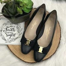 Salvatore Ferragamo Vara Bow Pumps Leather Shoes Dark Navy Blue & Gold Sz 10AAA