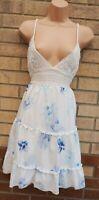 WHITE BLUE FLORAL CROCHET LACE STRAPPY BELTED BACK SKATER FLIPPY TEA DRESS 14 L