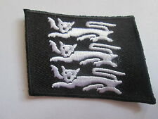 Three Lions  Embroidered Iron or Sew On Patch - P0098