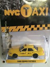 Greenlight  HOBBY EXCLUSIVE Ford Crown Victoria NYC Taxi