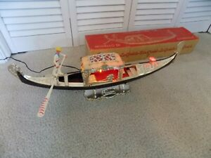 Mid Century Modern, MCM - Modello Di Gondola, Plastic Italian Gondola