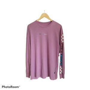 Womens Vans Long Sleeve T-shirt. Size Medium