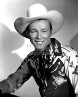 """ROY ROGERS SINGER & ACTOR """"KING OF THE COWBOYS"""" - 8X10 PUBLICITY PHOTO (RT421)"""