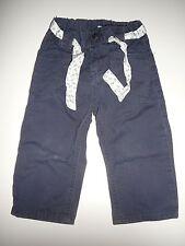 H & M hübsche Hose Gr. 86 blau mit Bindegürtel !!