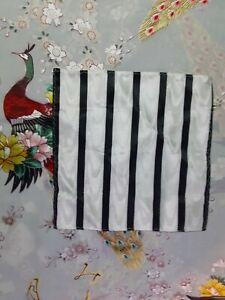 "Men's Polyester Pocket Square, 9"" X 9"", Black/White,  Striped With Phantom Pat."