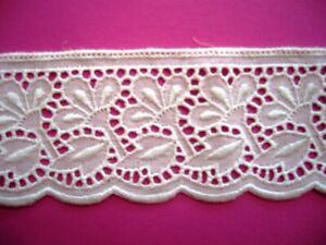 Restposten weißer Baumwollspitz- ideal für Nähabeiten und  Hobby