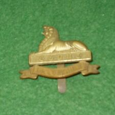THE LINCOLNSHIRE REGIMENT BI-METAL CAP BADGE  q