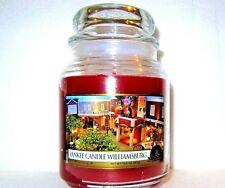 """YANKEE CANDLE WILLIAMSBURG""~Macintosh & Peach~VILLAGE EXCLUSIVE~ !9.8 oz.~RARE"