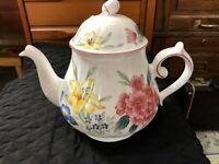 "Villeroy & Boch Luxembourg Flora Bella Coffee/Teapot 7"" Tall, 9"" Widest w/Handle"
