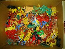 Vintage Plastic Cowboys And Indians Horses Big Lot Of Figures - Timpo & Others