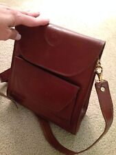 Woman Shoulder Purse bag. Brown