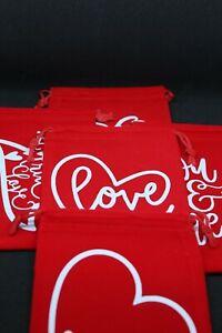 Red Valentines Day mini gifting velvet bags 9x12cm