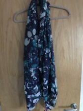 Lola Rose 100% Wool Scarf - New