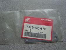 NOS Honda Generator Muffler Lid E2500 18371-865-670