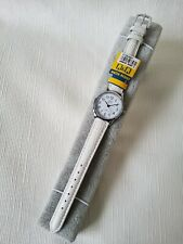 Q & Q Ladies Analog Watch in Colour White - 30M Water Resistant, Japan Movement
