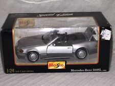 Maisto 1:24 Scale Special Edition 1989 Mercedes~Benz 500 SL Die Cast Car #31901