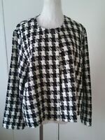 Chico's Black White Long sleeve women's plus size open front One Button blazer 3