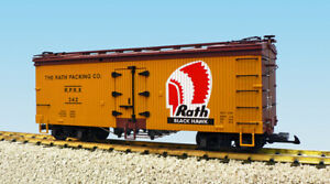 USA Trains G Scale R16365 Rath Black Hawk Yellow/Brown Reefer
