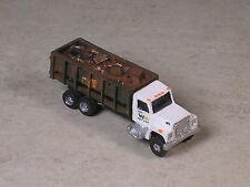 N Scale 1990 WM Truck with Dumpster filled with trash.