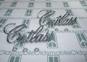 1971-1977 Olds Cutlass Chrome Front Fender Scripts (2)  Emblems with Hardware