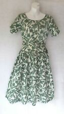 1940's VINTAGE Drop Waist Cotton Heirloom Floral Print Fitted Day Dress 36B