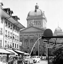 SUISSE c. 1957 - Autos Siège du Gouvernement Berne - Négatif 6 x 6 - Sui 37