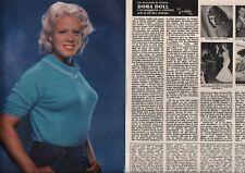 Coupure de presse Clipping 1981 Dora Doll   (4 pages)