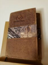 Brand New Leather and Canvas REALTREE Camo Trifold Wallet