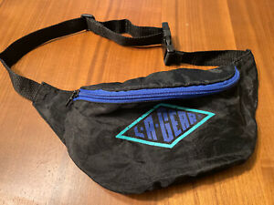 Authentic L.A. GEAR FANNY PACK Nylon Blue and Black 80s 90s Vintage