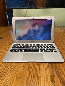 "Apple MacBook Air 11.6"" (512GB SSD, Intel Core i7 4th Gen., 1.7 GHz, 8GB) Laptop"