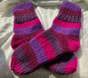 Sz UK 3-4 Women's thick mid-calf Socks 100% wool bulky 35-37 purple magenta