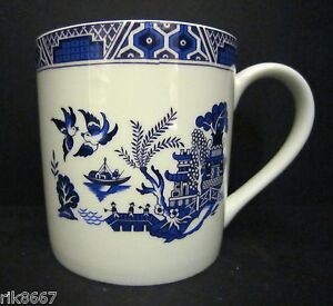 Extra Large Fine Bone China One Pint Pot Mug Willow By Crown Trent