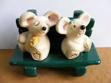 Artesania Rinconada Non U.S. Mice In Love On Bench Miniature Animal Figurine
