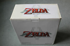 Legend of Zelda Gold Epona Link statue Club Nintendo Exclusive 'NEW' VERY RARE!!