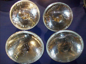 Alfa Romeo Montreal Set Of Lights Towing