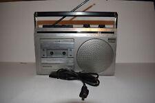Vintage Magnavox D7100 Portable AM/FM Radio Tape Deck WORKS