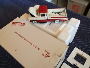 Danbury Mint 1957 Dodge Sweptside D100 Pickup Truck 1:24 NIB