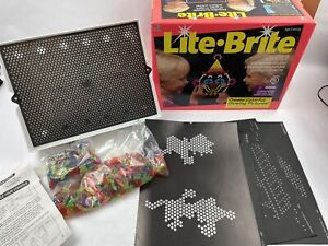 light bright 1993 16 pictures bag of pegs works great