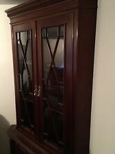 Antique Style Mahogany Corner Glass Cupboard Cupboard/Shelving Unit