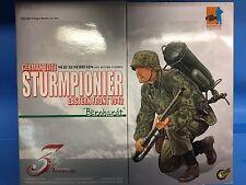 DRAGON 70106, 1/6 STURMPIONIER BERNHARDT EASTERN FRONT 1942, 3rd ANNIVERSARY