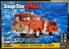 Mack Fire Pumper, 1:32, Revell USA 1225