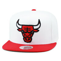 Mitchell & Ness Chicago Bulls Snapback Hat Cap (Two-tone) White/Red/XL Logo