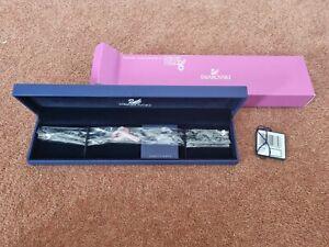 Brand New Genuine Swarovski Breast Cancer Care Bracelet